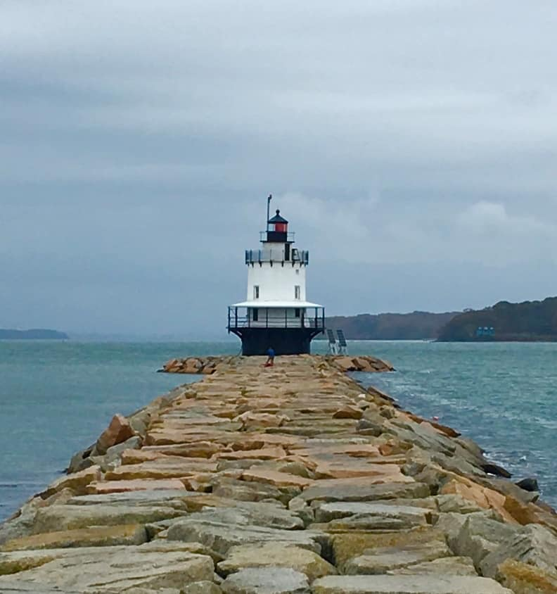 Spring Point Ledge Light. Things to do in Portland Maine with kids.