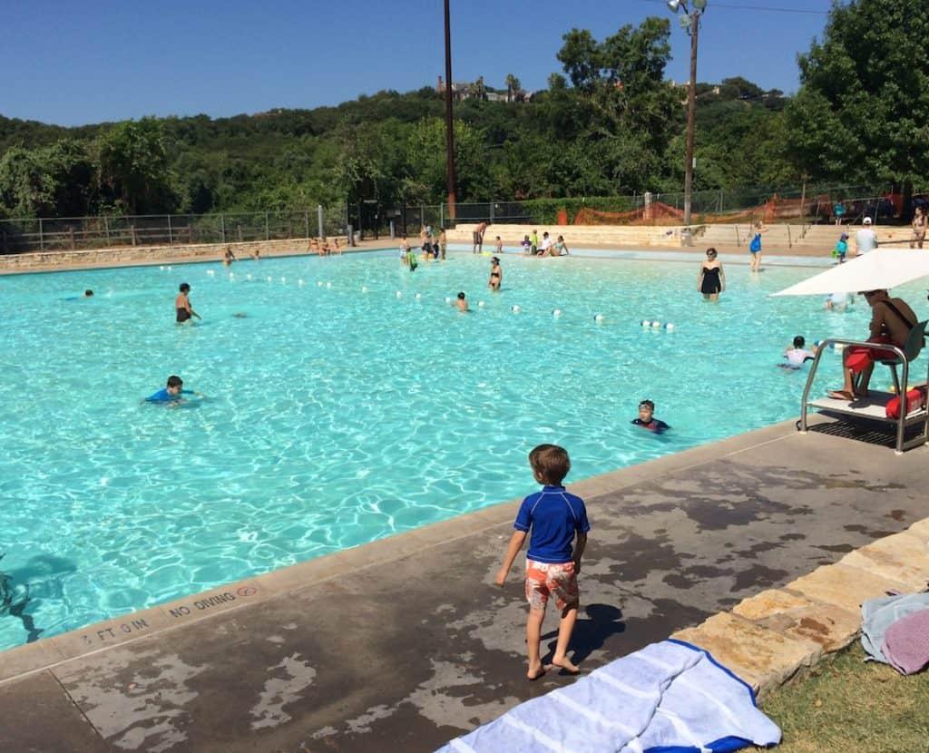 The family pool of Deep Eddy, Austin pool for kids