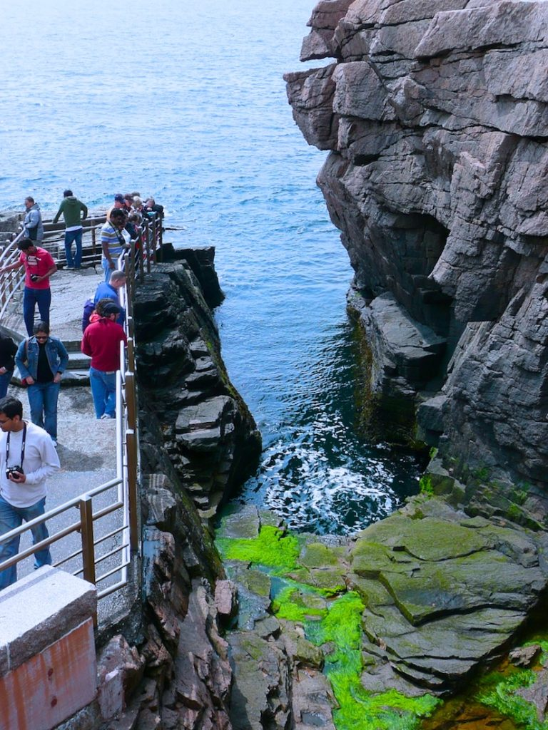 Thunder Hole. How to see Acadia in one day.