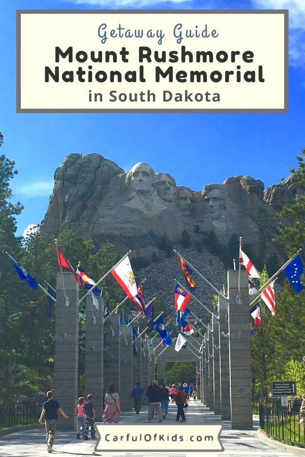 Make it a point to visit Mount Rushmore National Memorial in the Black Hills of South Dakota. It's an icon and the most visited memorial outside of Washington, DC. Got all the details for your visit. #MountRushmore #NPS #NationalParks #SouthDakota What to do at Mount Rushmore | What to do in South Dakota | How long does it take to visit Mount Rushmore