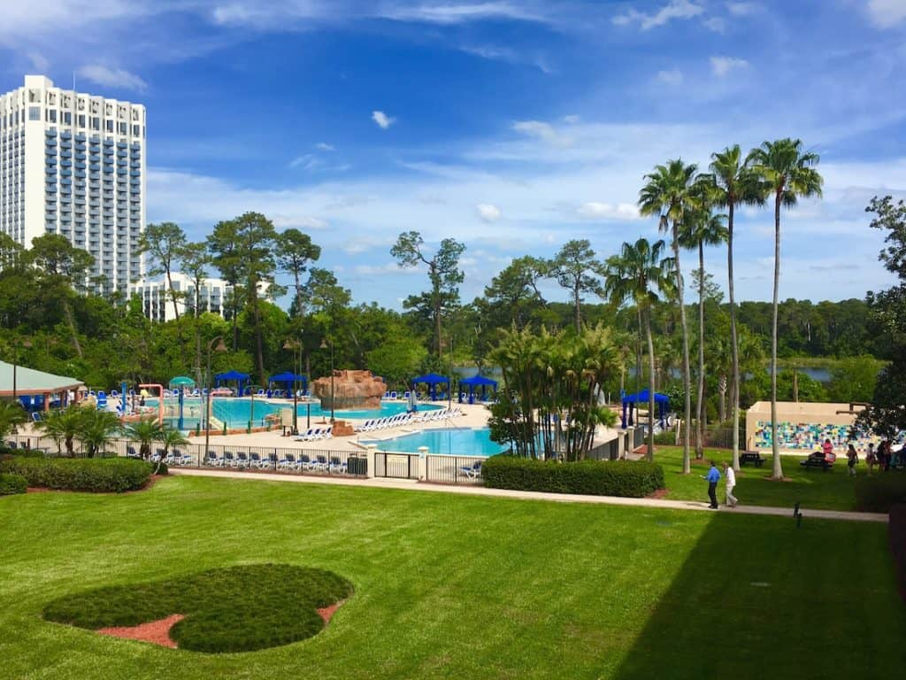 Wyndham Lake Buena Vista, closest resort to Disney Springs, best resort of families near Walt Disney World,