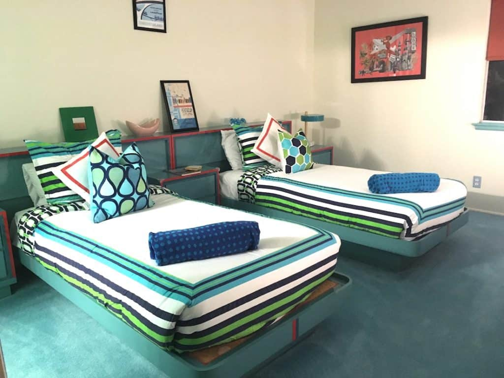 the Walt Disney Technicolor Dream House, Palm Springs, Mid century modern, places to stay for Disney Fans,