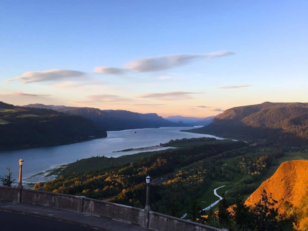 Discover the Columbia River Gorge with Kids.