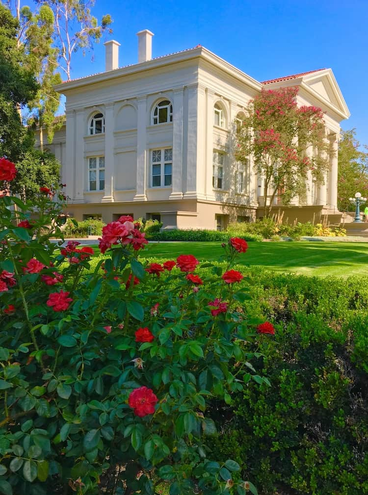 Pomona College. College Shopping in Southern California. what to do in Claremont California with teens