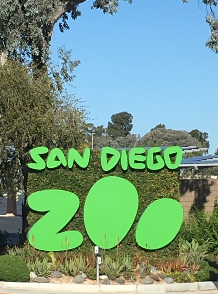 San Antonio Zoo. Where to go in San Diego with kids.