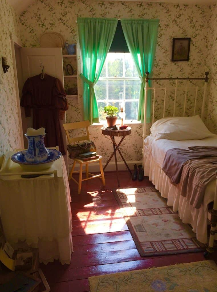 Walk through Anne's bedroom. Anne of Green Gables House with kids.