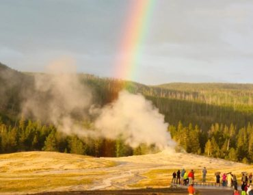 What to do at Yellowstone's Old Faithful