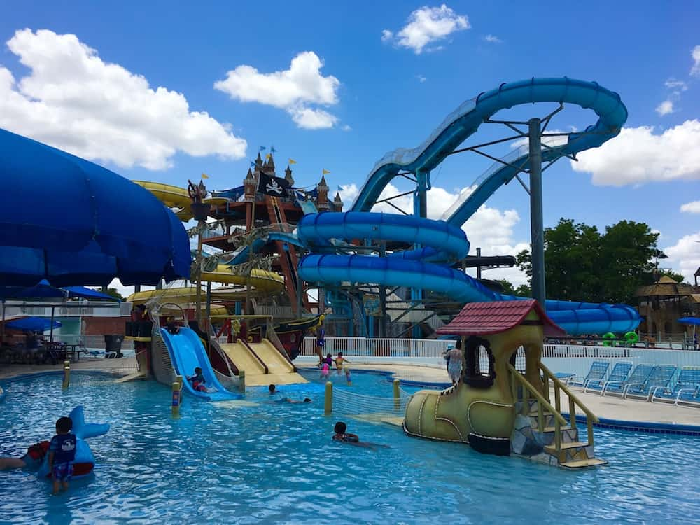 Master Blaster. Best Water Park in Texas for families.