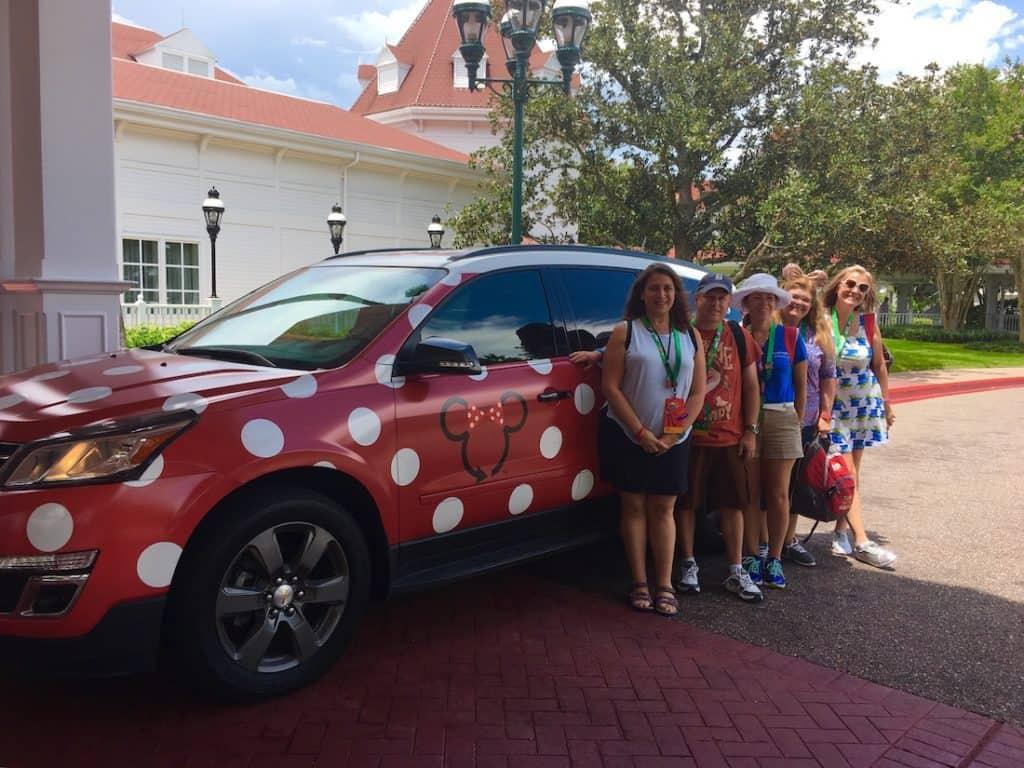 Minnie Van service at Walt Disney World. How to get around Walt Disney World.