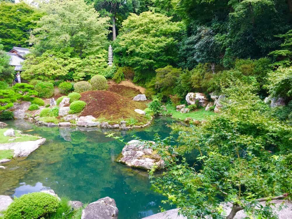 Japanese Garden. Japan Travel Checklist.