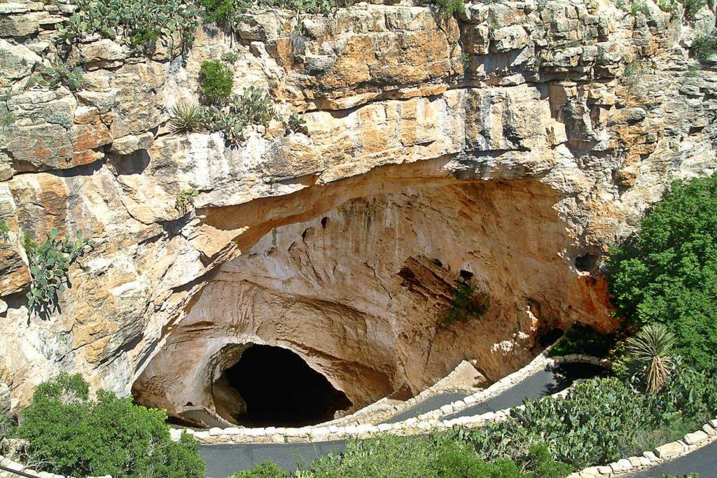 Natural Entrance. Visiting Carlsbad Caverns with kids