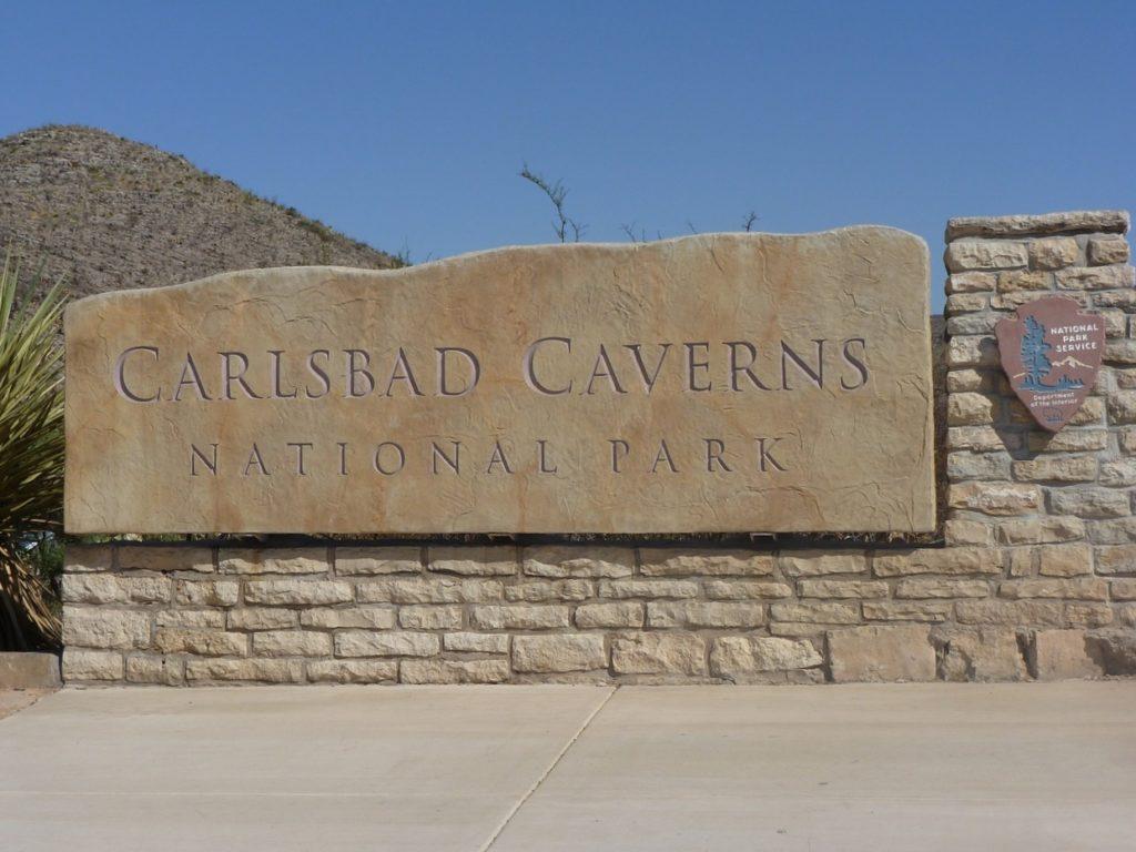 Carlsbad Caverns sign. visiting Carlsbad Caverns with kids