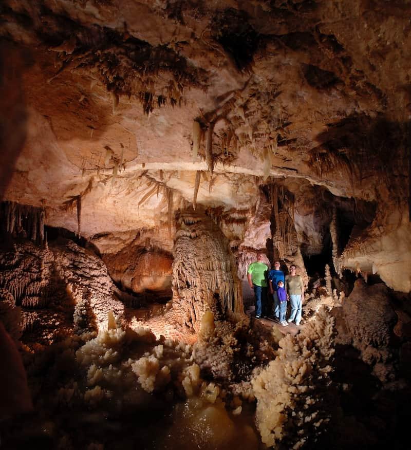 Corinthian room. Texas Cave